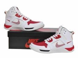 Promoção Tênis Nike Air Jordan 4 ( 140 com entrega)