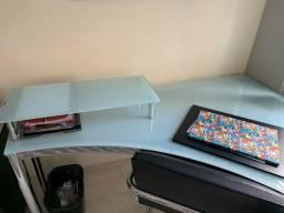 Mesa em vidro p escritorio