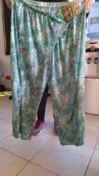 calça verde estampa folhas