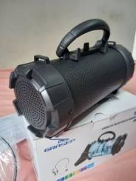 Caixinha de som Bluetooth com microfone e lanterna