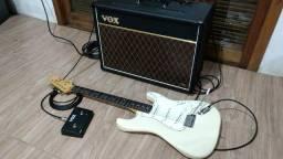 Título do anúncio: Amplificador (VOX) + Guitarra (FENDer)