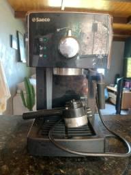 Título do anúncio: Máquina café espresso saeco poemia / Leia anúncio
