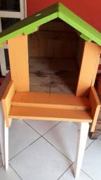 Vendo casinha de cachorro de madeira
