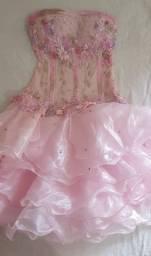 Vestido 15 anos rosa bebê bordado com saia removível tomara que caia seminovo com luvas