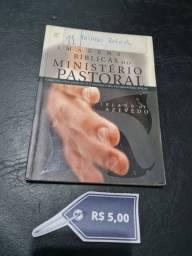 Livros R$ 5,00 (cada)