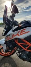 KTM Duke 390 - Apenas 100km rodados