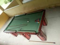 2 mesa de bilhar de 1,20x220 , 1uma mesa pebolin ,com detalhes de uso ,R$2.500