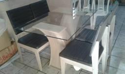 Mesa com 6 cadeiras super conservada ou seja semi nova