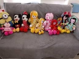 Vendo bonecas , ótima para decoração de festa