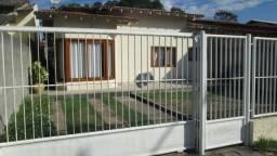 Alugo casa 03 quartos início Rua dos Cedros-Coqueiral, próximo a Clínica