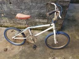 Bicicleta aro 20 monark antiga