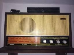 Rádio Frahm antigo