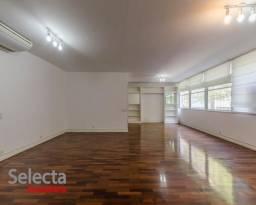 Apartamento impecável de 210m² na excepcional rua josé linhares, quadra da praia, com 4 qu