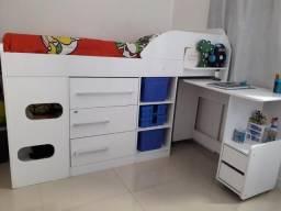 Cama de solteiro com escrivaninha e gavetas