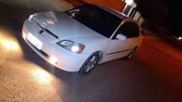 Honda Civic 2001 ( raro na cor branca)