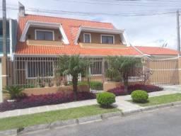 Sobrado e Casa no Costeira em São José dos Pinhais