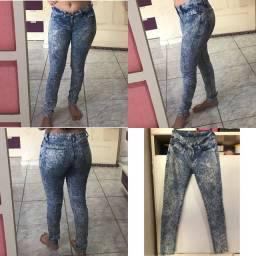 Calças Jeans Novas. Arraste pro lado para ver as outras.