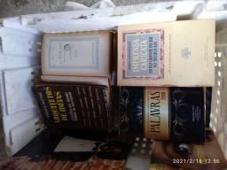Vendo lote de livros.