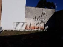 Portão e cobertura