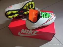 Chuteira Nike  R$49,99