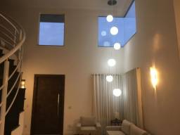 Excelente Casa Condomínio Village Cidade Jardim - Pirassununga/SP