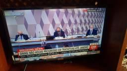Smart Tv TCL com Android 32 Polegadas na Caixa e na garantia