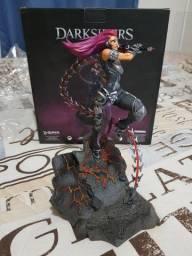 Darksiders Fury Figurine na Caixa - Aceito Cartão