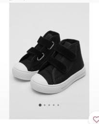 Título do anúncio: Sapato tênis infantil Tricae preto 24 NOVO