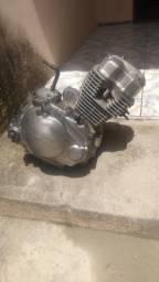 """Motor titan 2007 carburada """"com documentação"""""""