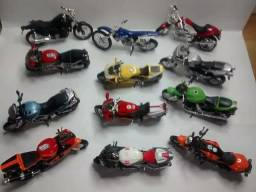 Miniaturas Motocicletas Esportivas 12 Modelos para Colecionadores