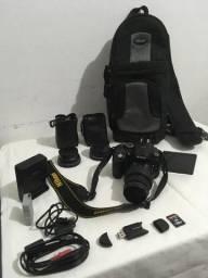 D5300 + 18-55mm + 2 lentes Macro 52mm (adaptadores)