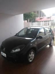 Renault/ Sandero Privilege 1.6 - 2010