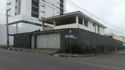 Casa Universitário, finalidade comercial