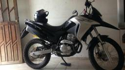 XRE 300 passo financiamento ou troco por moto menor - 2017