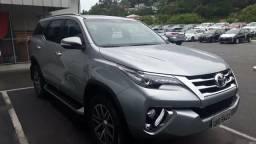 Toyota hilux sw4 SRX Diesel autom 7 lugares - 2016