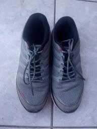 Sapato marca fila original numero 38 otimo para malhar