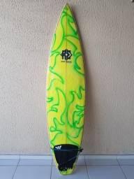 Prancha de surf 6'8 em perfeito estado!