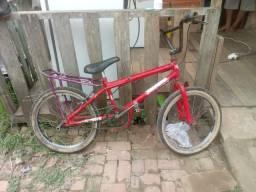 Vede-se bike usada