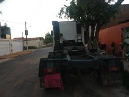 Vendo caminhão volvo FH 380 - 2004