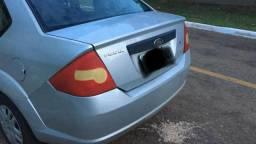 Fiesta Sedan 1.0 Completo - 2010