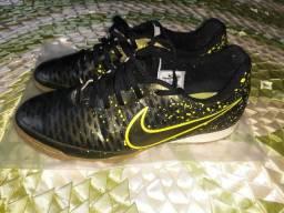 Chuteira Nike Magista Onda IC Futsal - Musgo e Verde Limão