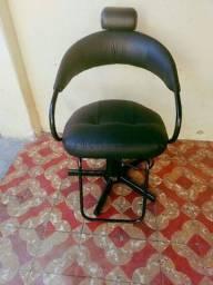 Vendo cadeira Hidráulica