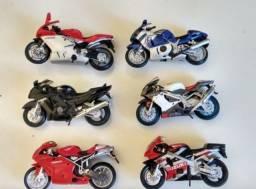 Título do anúncio: Coleção Motos Inesquecíveis (24 motos)