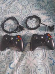 Controle de Xbox pouco usado