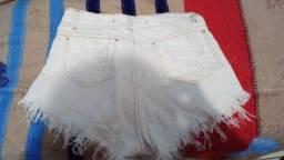 Título do anúncio: Shorts jeans da paloozs 30 reais