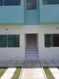 Janga! Casa a venda a 200 metros da avenida, 02 quartos 52 M² e documentação grátis