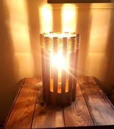 Luminária Rústica de Peroba