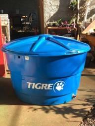 Cx de agua 1000l Tigre