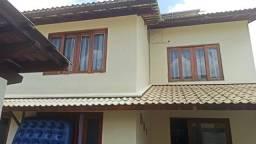 Vendo Casa com 3 quartos em condomínio Fechado no Jardim Europa