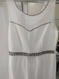 Vendo vestido semi Novo